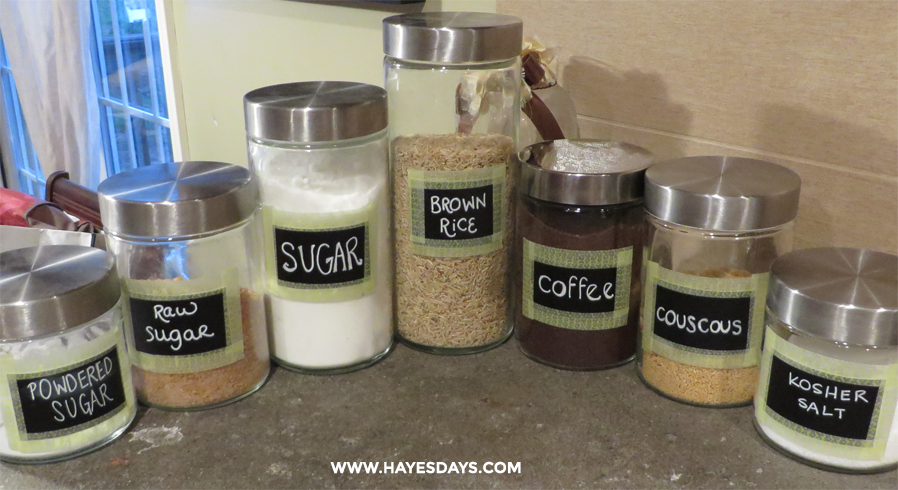 quick and easy chalkboard labels ~ www.hayesdays.com